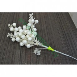 Ветка Снежноягодника белая блестящая 45см